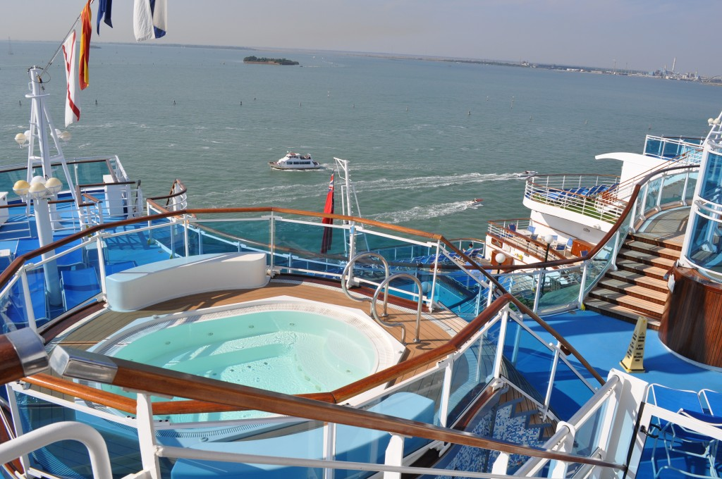 Ruby_Princess_Pooldeck_DSC_0112