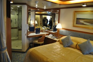 Ruby_Princess_Suite_with_Balcony_DSC_0159